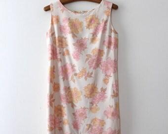 vintage 1960s floral dress // 60s floral shift dress