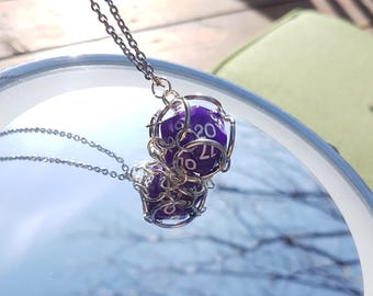 D20 Loose-Cage Necklace