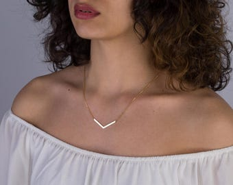 Chevron Necklace - V Necklace - Dainty Minimal Chevron Necklace - Simple Geometric Layering Necklace - Layering Necklace - Bridesmaid gift