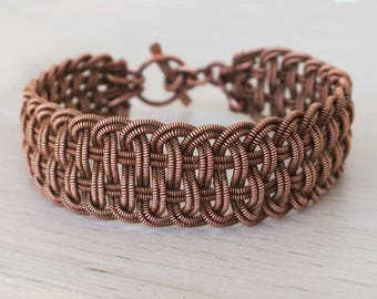 Lavena - A Celtic Bracelet, Celtic Jewelry, Wire Wrapped Bracelet, Wire Wrapped Bangle, Wire Wrapped Jewelry, Cooper Bracelet, Gift For Her