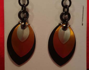 Black/Harvest/Silver 3 Graduated Scale Earrings