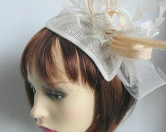 Miranda fascinator in ivory/cream and gold
