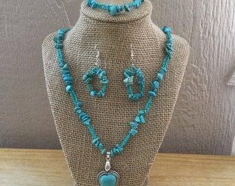 58: Necklace, Bracelet, Earrings Set