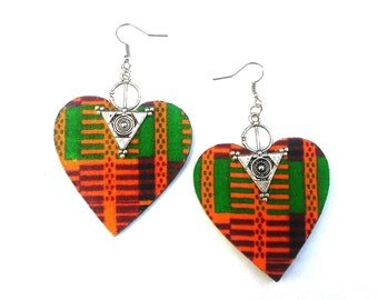 Sale........Kente fabric heart dangle earrings........ready to ship