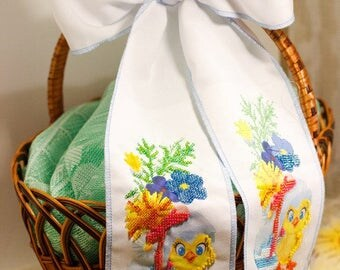 Beaded hand-embroidered ribbon for Easter basket bow band knot decorative with cute chicken flowers Easter accessory Ukrainian Ukraine