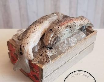 miniature fish crate (1:12 scale)