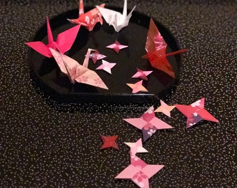 Japanese origami-Set of 20 Cranes + 20 Ninja Throwing Stars
