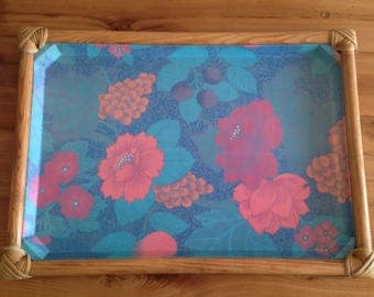 Large tray floral fiberglass and bamboo, vintage