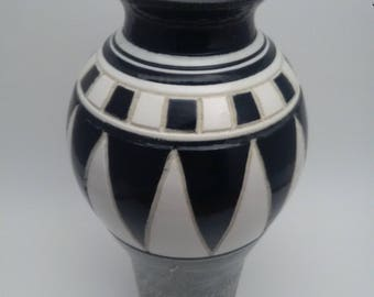Stunning Beautiful Vase!!! Slip decorated and hand carved with black under glaze. Clear glazed over and fired to cone 5.