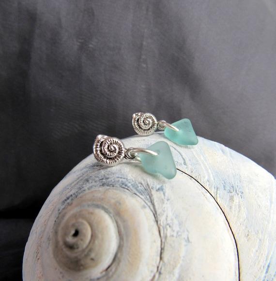 Little Nautilus sea glass earrings in teal