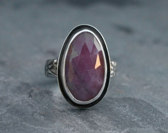 Rose Cut Natural Pink Sapphire, Sterling Silver Faceted Gemstone Jewel Statement Ring, Free Form One of a Kind Natural Sapphire, Large Stone