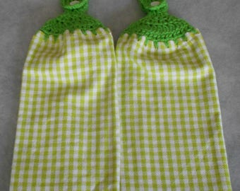 Green White Checkered Crochet Top Kitchen Towel -Green Crocheted Handle Top Towel -Green Granny Hand Towel-Green White Checker Hanging Towel