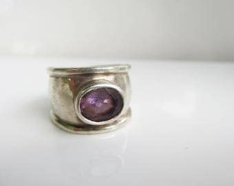 Vintage Sterling Silver and Bezel Set Faceted Amethyst Wide Band Ring - Size 6.5     1461D