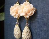 Teardrop Lucite Earrings Brass, Etched Carved Lucite Teardrop Dangle Floral Earrings, Peach Blush, Vintage Inspired Romantic Earrings