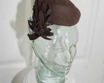 Vintage 1940's Beret Style Tilt Doll Felt Hat