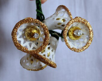 18 Vintage White Glittered Sugar Bells Ornaments Filigree Gold Mercury Glass Clappers