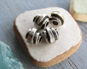 Antiqued silver tube beads, metal casting ,  silver plated antiqued / pewter tone 6mm x 7mm dia  ( 6 beads) -  6As511