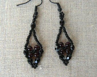Black and Garnet Earrings, Vintage Inspired Earrings, Black and Dark Red Beaded Jewelry, Lacy Dangles, Netted Earrings, Beadwoven Drops
