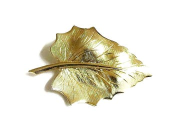 Etched Gold Tone Leaf Brooch Vintage