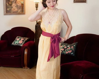 Vintage 1920s Nightgown - Fine Lemon Yellow Silk with Ivory Lace and Rosette 20s Nightgown
