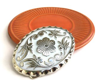 SALE~Vintage Western Belt Buckle~ Southwestern Style Floral buckle ~ Boho wardrobe~ Silver & White