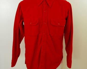 Vintage WOOLRICH Red Chamois Shirt long sleeve made in USA size large or xl