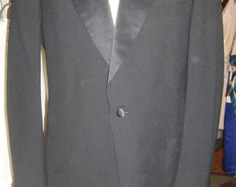 "1970's, 44"" chest, 36"" waist, 2 piece tuxedo suit."