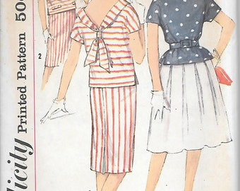 Simplicity 3891 UNCUT 1950s Skirt and Sailor Top Set Vintage Sewing Pattern Bust 31 32 or 34 Fitted or Pleated Skirt