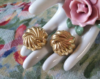 Vintage Gold Swirl Clip Earrings