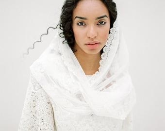 Wedding Veil, Bridal Veil, Mantilla Veil, Bridal Scarf, Lace Scarf, Embroidered Veil, Bohemian Veil, Rustic Veil, Short Veil - Style 615