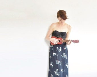 floral berry print maxi skirt . high waist black chalkboard wildflower pattern .small.medium .sale