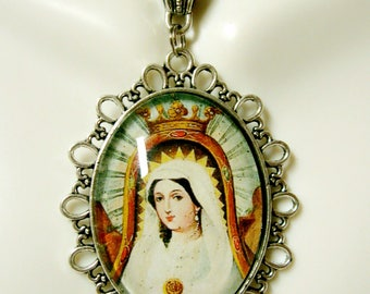 Virgin Mary Mexican pendant and chain - AP09-152