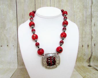 Coral and Silver Necklace – C7 -