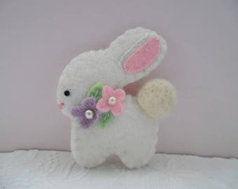 Brooch Easter Bunny Felt Flowers Pin Beaded Spring Pastel