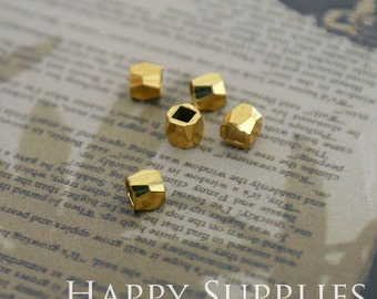 20pcs - 2mm/2.5mm/3mm/4mm/5mm High Quality Raw Brass Star Cube Charms with a Hole/ Pendants Connector(ZG226 )