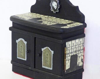 Gothic Miniature Diorama - Mourning Graveyard Miniature - Miniature Cabinet Shadow Box - Creepy Macabre Miniatures