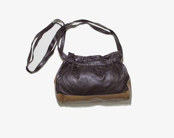 Vintage Leather Bucket Bag / Brown Bucket Bag / French Leather Bag / Leather Shoulder Purse / Two Tone Leather Bag