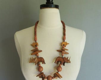 Vintage Beaded Wooden ANIMAL NECKLACE
