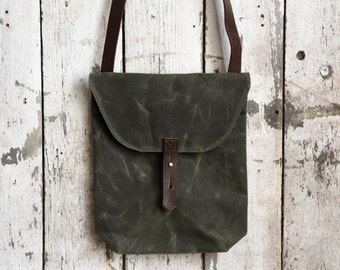 Waxed Canvas Hunter Satchel in Moss by Peg and Awl, Waxed Canvas Crossbody Bag for Adventurers, Waxed Canvas Bag, Purse, Travel Bag, Unisex
