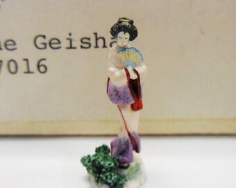 """Vintage Miniature Olszewski """"The Geisha"""" Oriental Asian figurine Goebel Signed by artist"""
