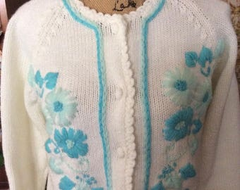 Vintage 1960s 1970s Sweater Button Front Cardigan White & Light Blue Acrylic Blend Long Sleeves