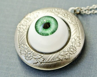 Green Eyeball Locket, Eyeball Locket Necklace, Eyeball Photo Locket Jewelry, Halloween Jewelry Necklace, Halloween Locket