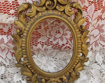 Vtg Ornate Gold Victorian Scroll Designs Syroco Style Fancy Photo Picture Frame
