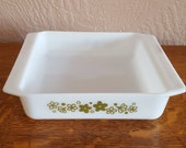 "Pyrex Square 8"" Baking Pan in Crazy Daisy Spring Blossom - Oak Hill Vintage"