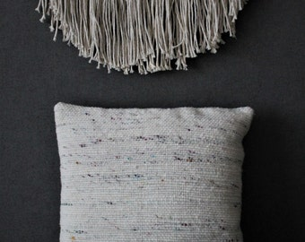 Handwoven Pillow cover, Woven Pillow Cushion, Saori weaving, White, Woven Textille, Boho style, gift for Mom, Easter gift