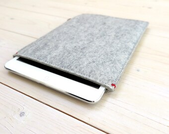 IPAD MINI 4 felt sleeve case felt - in grey Dutch Handmade - red detail, wool felt ecofabric