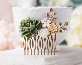 Bridal Hair Comb, Moss Green Latte Brown White Wedding Floral Hair Piece, Romantic Country Wedding Garden Wedding Boho Wedding Hair Comb