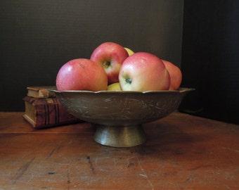 Vintage  Brass Pedestal Bowl / Hand Hammered Vintage Brass Bowl / Holiday Decor / Decorative Design