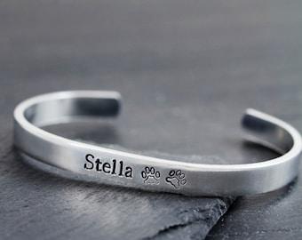 Pet Loss Bracelet - Pet Loss Gifts - Dog Remembrance Jewelry - Pet Sympathy Gift - Personalized Pet Jewelry - Paw Print Bracelet