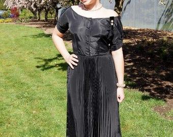 40's Black Taffeta Party Dress